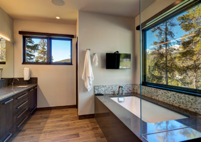 Custom Home Master Bath - Lake View